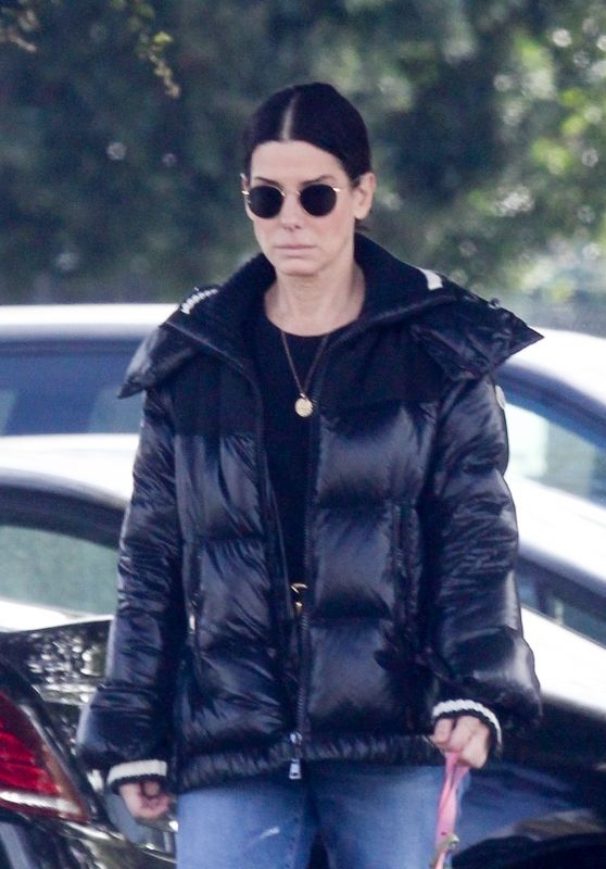 Sandra Bullock - Out in Van Nuys 03/01/2020