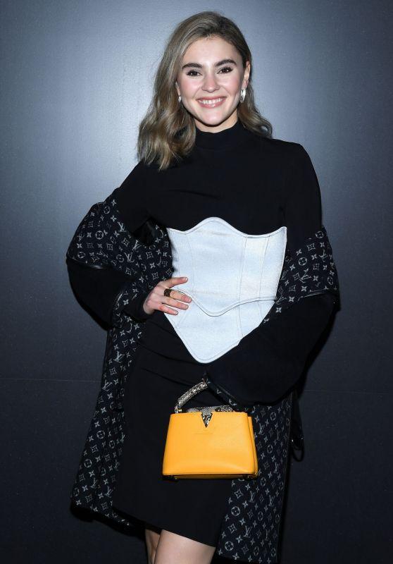 Stefanie Giesinger – Louis Vuitton Show at Paris Fashion Week 03/03/2020