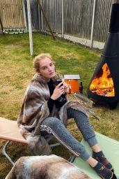 Alexina Graham - Social Media 04/05/2020