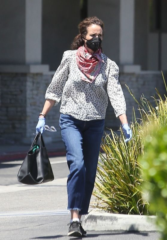 Andie MacDowell - Out in LA 04/24/2020