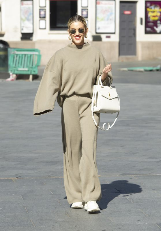 Ashley Roberts in a Beige Knitted Co-ord and White YSL Handbag - London 04/22/2020