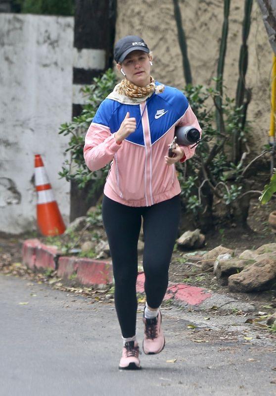 Beth Behrs - Jogging in LA 04/13/2020