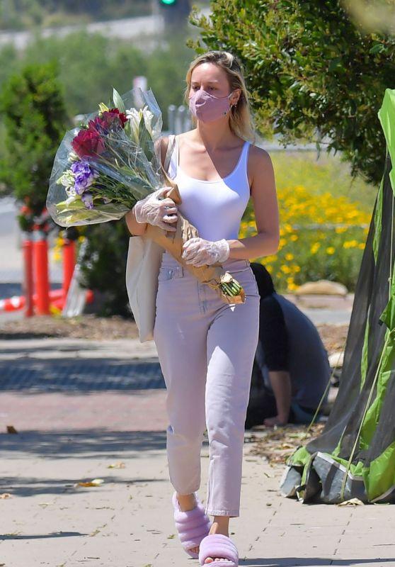 Brie Larson - Farmers Market in Malibu 04/26/2020