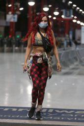 Carla Howe - sports a Mask in London 04/09/2020