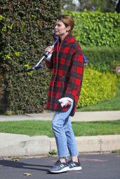 Cobie Smulders - Out in LA 04/08/2020