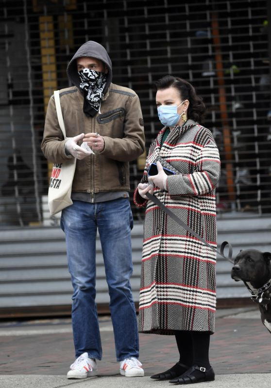Debi Mazar Steps and Gabriele Corcos - Out in NYC 04/17/2020