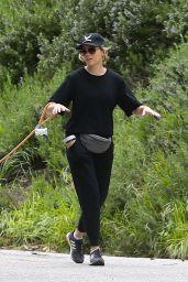Elizabeth Banks - Walking Her Dog in the Hollywood Hills 04/07/2020