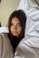 Emily Ratajkowski – Social Media 04/05/2020