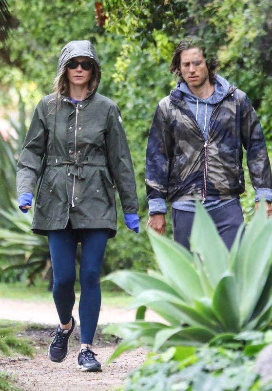 Gwyneth Paltrow and Brad Falchuk - Walk Under the Rain 04/10/2020