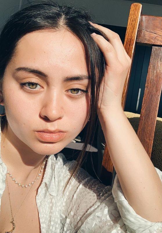 Jasmine Thompson - Social Media 04/15/2020