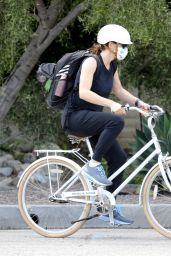 Jennifer Garner - Bike Ride in Brentwood 04/05/2020