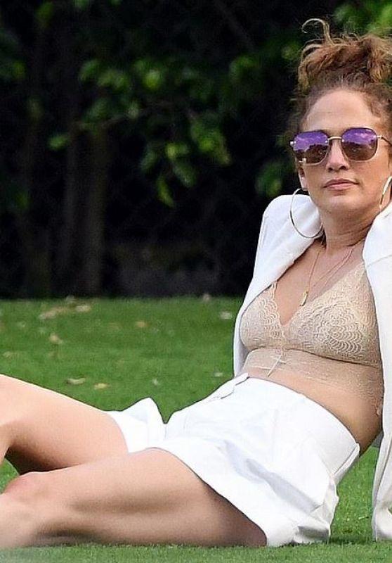 Jennifer Lopez – Birthday Party in Miami 04/21/2020