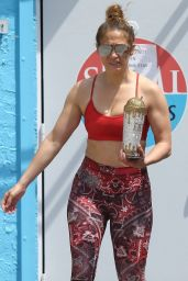 Jennifer Lopez in Gym Ready Outfit - Miami 04/01/2020