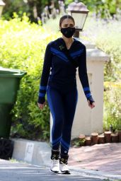 Jessica Alba Style - Workout in Beverly Hills 04/19/2020