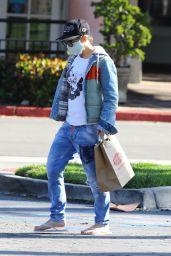 Jillian Michaels - Shops for Easter Baskets 04/11/2020
