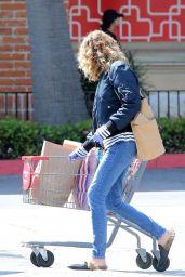 Julia Roberts - Shopping in LA 04/03/2020