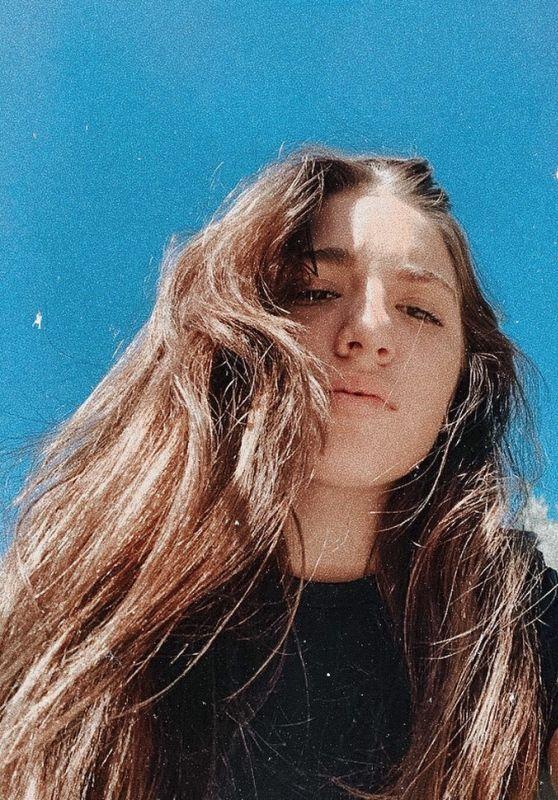 Mackenzie Ziegler - Live Stream 04/19/2020