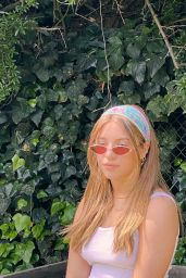 Mackenzie Ziegler - Social Media 04/30/2020