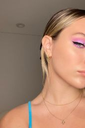 Maddie Ziegler - Social Media 04/12/2020