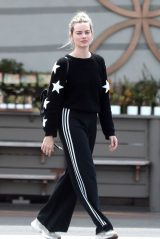 Margot Robbie - Out in Los Angeles 03/31/2020