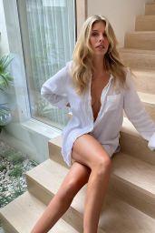 Natasha Oakley – Social Media 04/15/2020