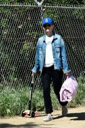 Olivia Wilde - Morning Walk in Los Angeles 03/31/2020