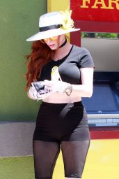 Phoebe Price - Out in Los Angeles 04/24/2020