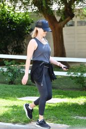 Reese Witherspoon - Jogging in Brentwood 04/02/2020