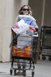 Sarah Jessica Parker - Stocking up on Groceries in NY 03/30/2020