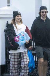 Suki Waterhouse and Robert Pattinson - Shopping in London 04/15/2020