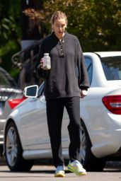 Whitney Port - Out in Her Los Angeles Neighborhood 04/11/2020