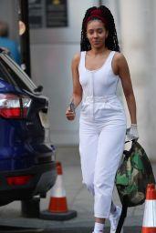 Yasmin Evans Street Style 04/21/2020