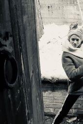 Yvonne Strahovski – Social Media 04/25/2020