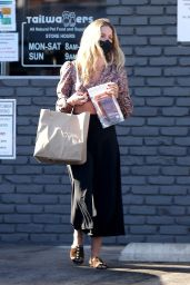 Annabelle Wallis Street Style - Shopping in Los Feliz 05/17/2020
