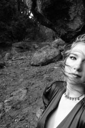 "Annalise Basso - Self Portraits ""At twilight"" April 2020 (II)"