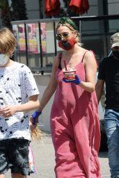 Ashlee Simpson - Out in LA 05/06/2020