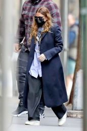 Ashley Olsen in Street Outfit - Outside of Her Office in New York 05/13/2020