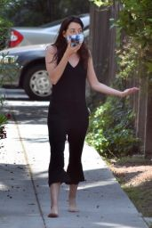 Aubrey Plaza - Out in Los Angeles 05/23/2020