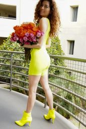 Blanca Blanco - Poses With a Bouquet of Roses on Mother's Day Weekend