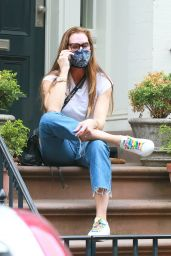 Brooke Shields - Chatting on Her Phone in NYC 05/28/2020