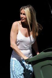 Caprice Bourret Taking Her Rubbish Out in Her Pyjamas
