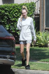 Cara Delevingne - Out in Los Angeles 05/13/2020