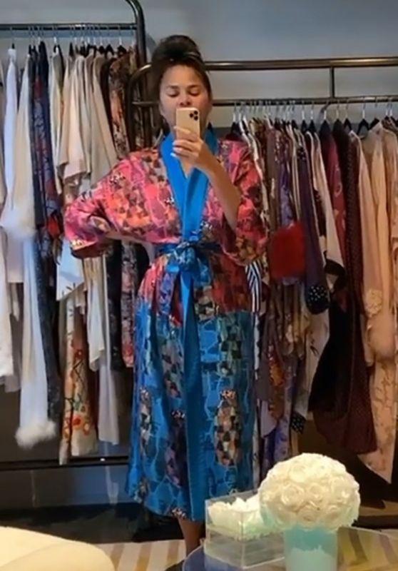 Chrissy Teigen in Kimono 05/08/2020