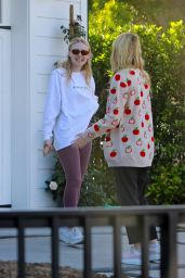 Dakota Fannig and Elle Fanning - Check Their New House Remodeling Progress in LA 05/12/2020