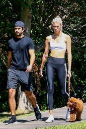 Devon Windsor - Jogging in Miami 05/01/2020