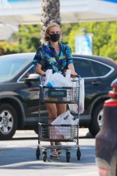 Diane Kruger in Daisy Dukes and a Mask 05/19/2020