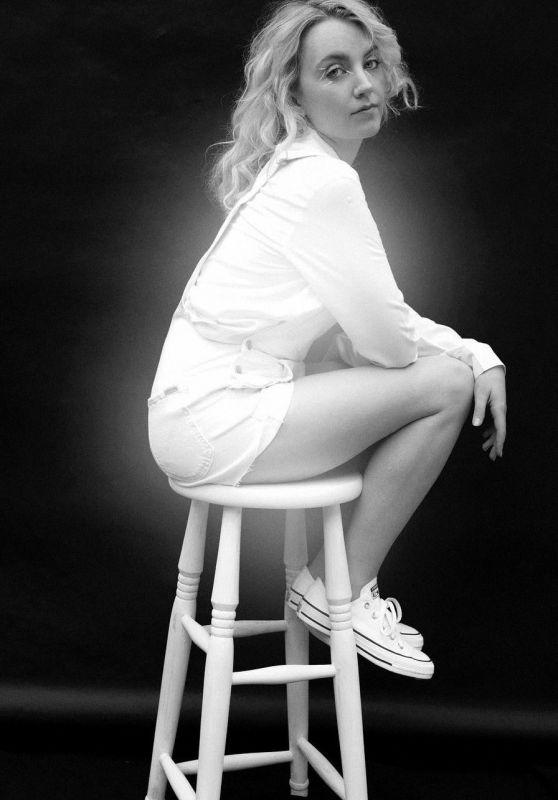Evanna Lynch – People Magazine Spain June 2020