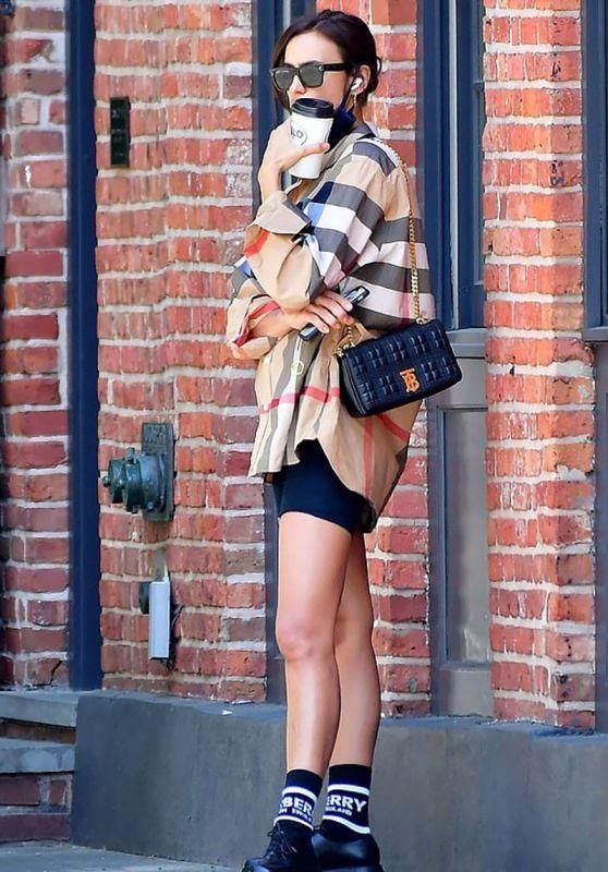 Irina Shayk Outfit 05/27/2020
