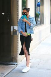 Irina Shayk Outfit - Out in New York 05/25/2020