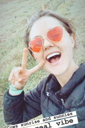 Isabelle Cornish - Social Media 05/04/2020